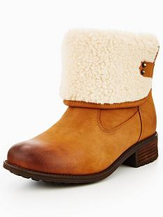 ugg-aldon-ankle-boot