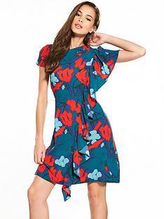closet-floral-shift-dress