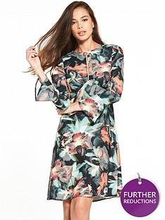 closet-tropical-print-fluted-sleeve-dress