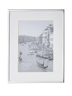silver-plated-white-border-photo-frame
