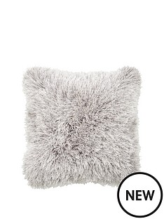 luxe-collection-extravagance-luxury-supersoft-cushion