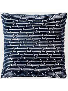 laurence-llewelyn-bowen-frazer-cushion