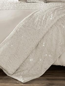 kylie-minogue-darcey-bedspread-throw