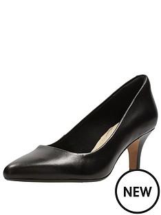 clarks-isidora-faye-low-heel-court-shoe