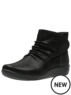 clarks-sillian-sway-comfort-ankle-boot