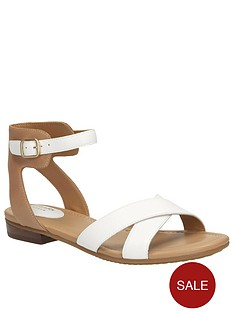 clarks-viveca-zeal4-wide-fit-cross-strap-flat-sandal-white