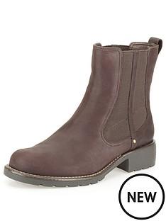 clarks-orinoco-club-leather-ankle-boot-burgundy