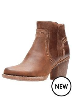 clarks-carleta-paris-heeled-ankle-boot