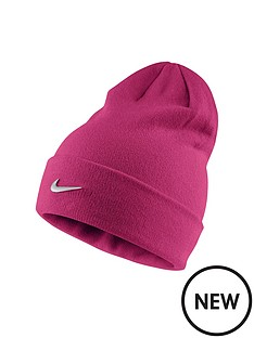 nike-older-girl-metal-swoosh-beanie