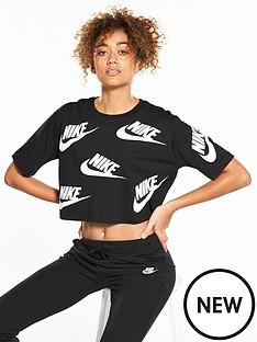 nike-sportswear-futura-crop-top