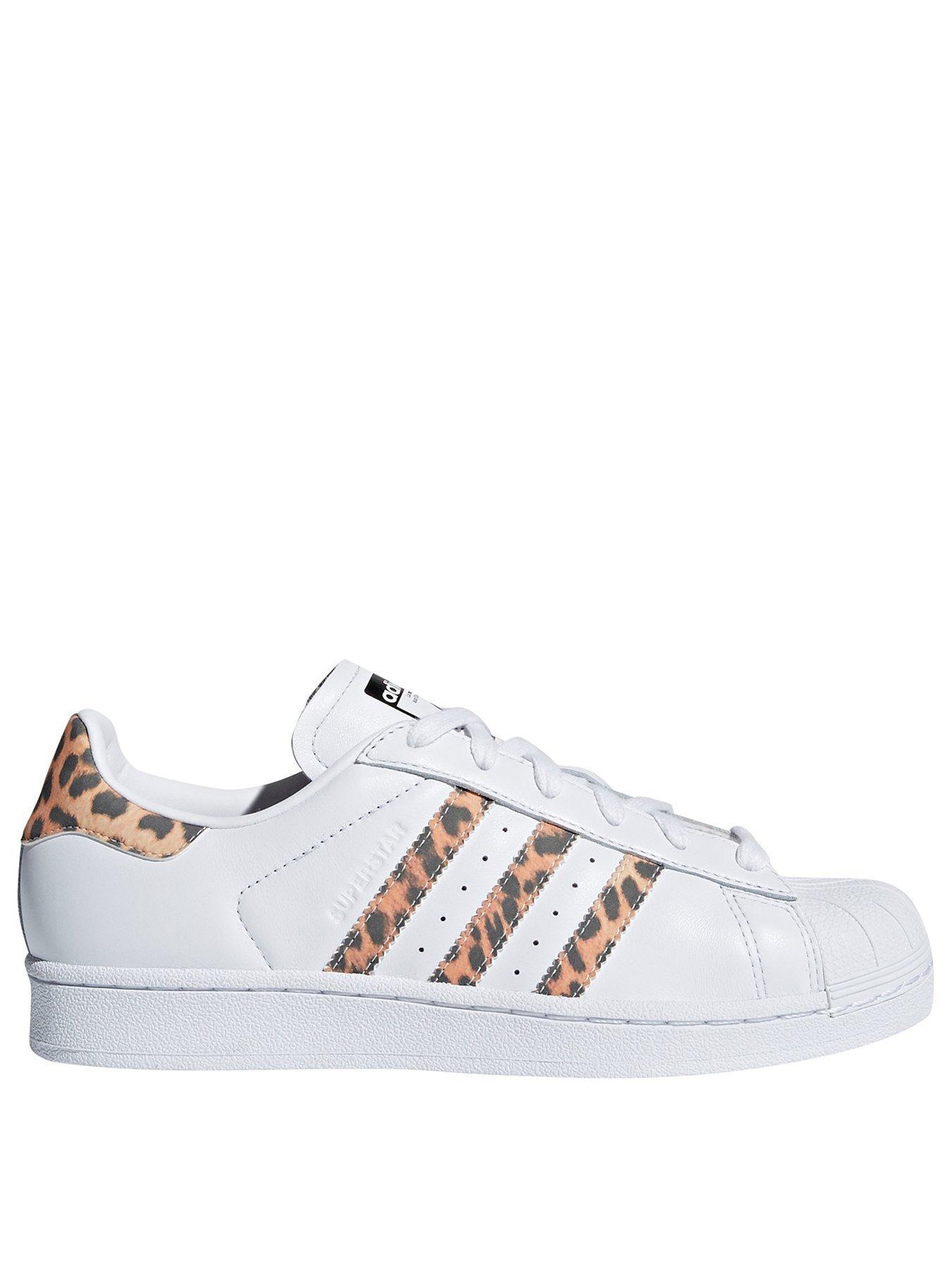 Adidas superstar bianco / leopardato originali.