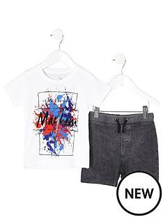 river-island-mini-boys-white-print-t-shirt-outfit