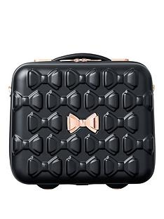 ted-baker-beau-black-vanity-case