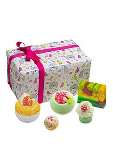 bomb-cosmetics-into-the-woods-gift-set
