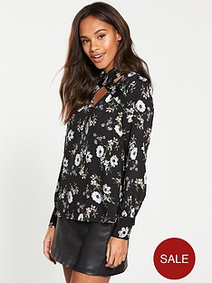 v-by-very-printed-cross-over-blouse
