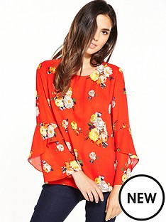 warehouse-warehouse-victoria-floral-fluted-cuff-top