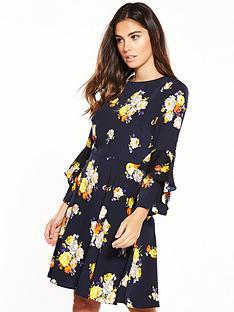 warehouse-victoria-floral-babydoll-dress