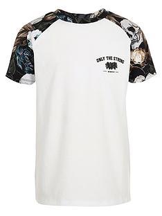 river-island-boys-white-skull-print-raglan-t-shirt