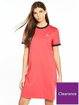 fred-perry-taped-ringer-t-shirt-dress-chrysanthemumnbsp