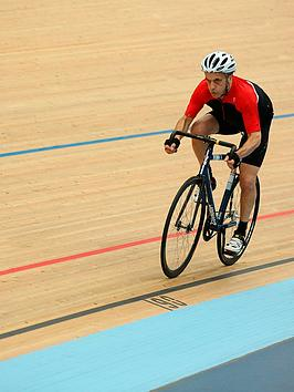 virgin-experience-days-velodrome-cycling-experience-with-gb-gold-medalist-at-lee-valley-velopark