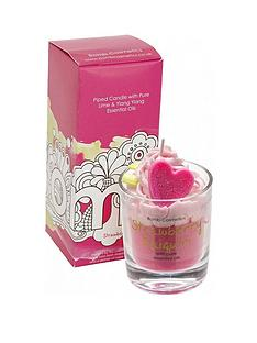 bomb-cosmetics-bomb-cosmetics-strawberry-daiquiri-candle