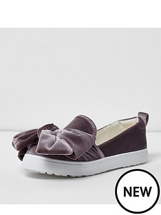 river-island-plim-velvet-exagerated-bow