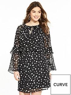 v-by-very-curve-printed-flute-sleeve-tea-dress-spot-print