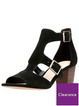 clarks-deloria-kay-buckle-detail-heeled-sandal-black