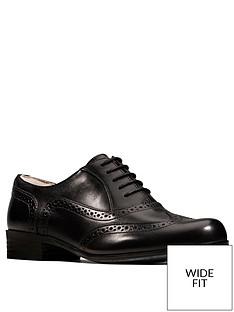 clarks-hamble-oak-wide-fit-brogues-black