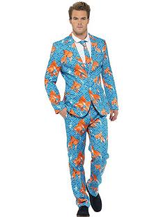 goldfish-stand-out-suit