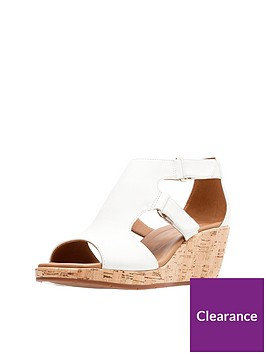 clarks-un-plaza-strap-gladiator-wedge-sandal-white