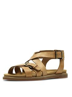 eaeb4c4dcc6e Clarks Corsio Bambi Strappy Flat Sandal - Light Tan