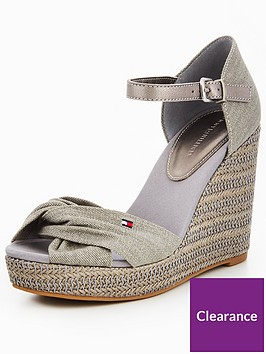 32a62d06bf17 Tommy Jeans Iconic Elena Metallic Canvas Wedge Sandal - Light Grey ...