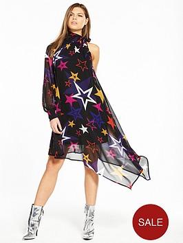 v-by-very-unique-unique-one-sleeve-asymmetric-star-print-dress