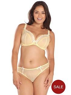 curvy-kate-princess-brazilian-lemon