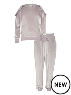 river-island-girls-lilac-velour-jumper-and-joggers-outfit