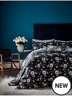 va-gardenia-bedspread-throw