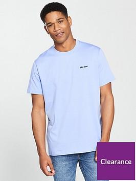 gio-goi-small-logo-t-shirt