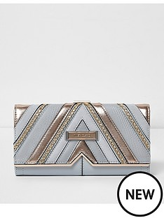 river-island-grey-chain-cutabout-purse