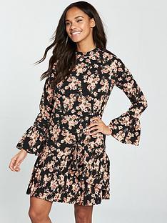 v-by-very-pleated-hem-swing-tunic-dress