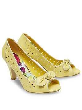 joe-browns-vintage-style-peep-toe-heel-shoes-lemon