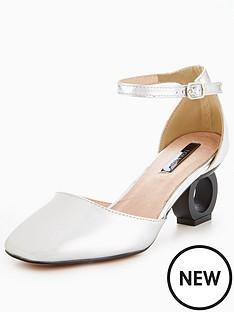 lost-ink-cutout-mid-heel-shoe