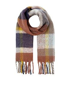 accessorize-greenwich-fluffy-check-scarf