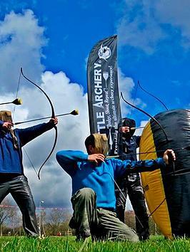 virgin-experience-days-battle-archery-experience-innbspbristolnbspsomerset