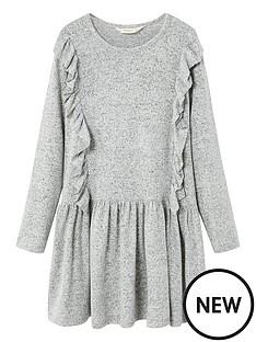 mango-girls-textured-ruffled-dress