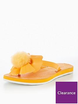ugg-poppynbsppomnbsppomnbspflip-flops-yellow