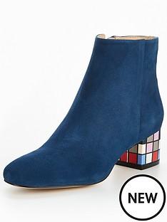 katy-perry-the-farrarnbspblock-heel-ankle-boot