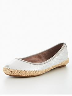 butterfly-twists-butterfly-twist-gigi-espadrille