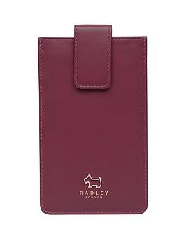 radley-oakhill-woods-phone-case-berry