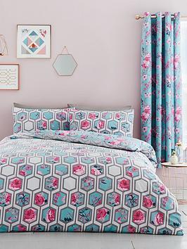 catherine-lansfield-hexagon-floral-duvet-set